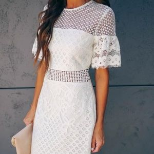✨NWT✨ Vici Collection Lace White Dress size S